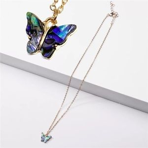 2/$45🛍 Abalone Shell Butterfly Gold Necklace D44